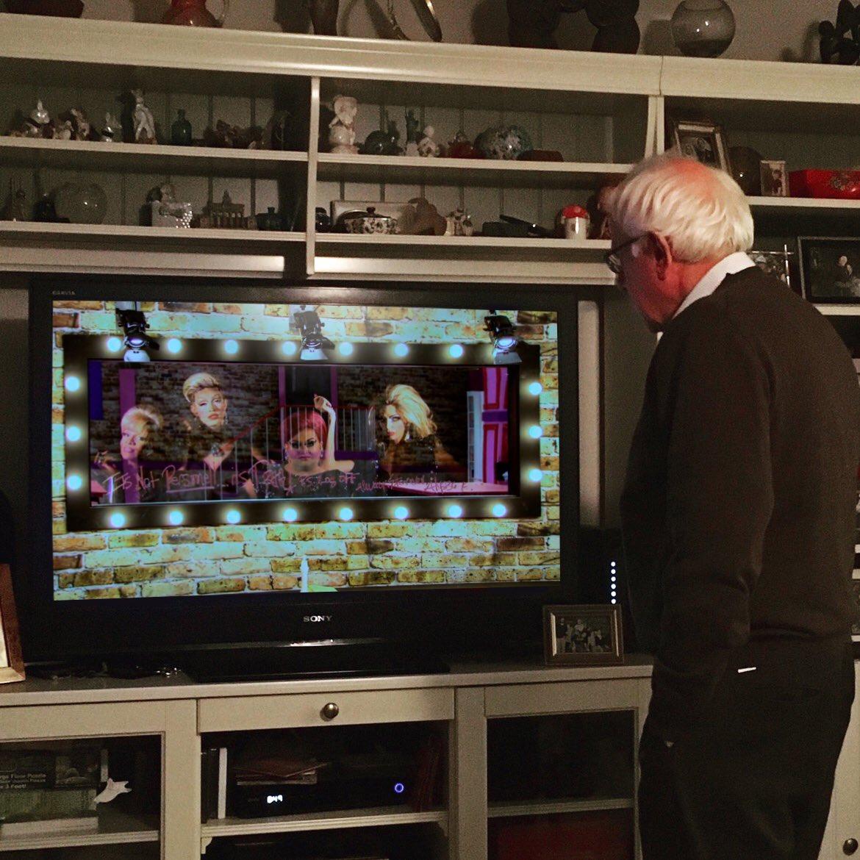 It's clear that @BernieSanders was living for the drama last night. https://t.co/JFCK1vRjkz