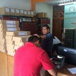Acompañamiento y seguridad al material electoral que llega a los municipios del departamento del #Huila #SeguridadyPaz https://t.co/es96IT5UEh