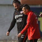 Pizzi confirma que Medel recibió cuatro partidos de sanción por su expulsión ante Paraguay https://t.co/OeOvelso5L https://t.co/8CBBsrFYdV