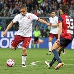 🎂 Buon 40° compleanno a Francesco #Totti, simbolo del calcio italiano! #Totti40 https://t.co/Gk7ivmnKO4