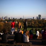 London set to bask in unusually hot autumn https://t.co/hHMiVEFFBM https://t.co/xBVhopje4O
