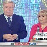 È tutto finito. #debates #USA2016 https://t.co/tgDsNpsa7E