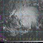 Avión de reconocimiento no encontró circulación cerrada en superficie para 97L, aún no es Ciclón Tropical. https://t.co/0NeHV01THI