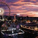 Glendale glitters, AZ state fair, Odysea aquarium, and zoo lights date anyone????🙄🙆🏼😍 https://t.co/vZn5UQaczR