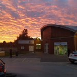 Wow! Who has seen the sunset over Leek this evening? 😮 #Leek #Sunset #Staffordshire #StaffordshireMoorlands https://t.co/1bqhGROkrA