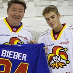 Justin Bieber skates with Jari Kurri, Jokerit. https://t.co/3icTfuqLLc https://t.co/jVd66RATOW