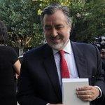 Guillier apunta a una renovación política mientras se abre el abanico de precandidatos https://t.co/8k9GN1cG9C https://t.co/CD9gZTkBkK