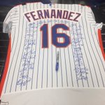 The Mets are all signing the Fernandez jersey that has hung in their dugout. It will be a gift for the Marlins. https://t.co/ME1UguyWVR