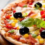 Veggie Pizza! #WeLovePizza #WeHaveEverythingYouNeed #Ingredients #Homemade #Vegetarian #EdenGarden #Mississauga https://t.co/dyWRghXBiN