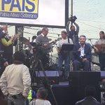 @GaloBorja35 @VeroGuevarav @XimePonceLeon juntos con @Lenin hasta el fin #BienvenidoLenin #LeninTeQueremos https://t.co/HG2sFTTSTv