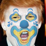 Clown warning: If you see this clown in your state please do not follow him. He has very small hands and sniffs strangely. https://t.co/NSZ90KbU7U