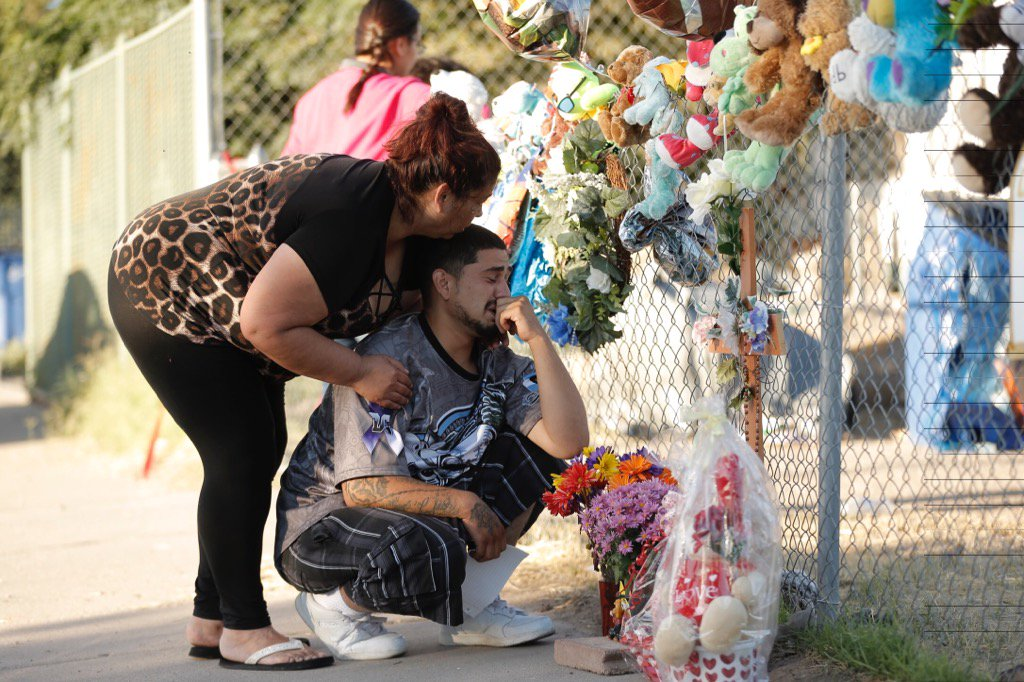 Michael Cervantes weeps outside the trailer home where his son Nyine died in Friday's fire. https://t.co/JV0oMQqFhA