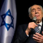 BREAKING: Former Israeli President Shimon Peres dead at 93, according to numerous reports https://t.co/rcXQXyN8En https://t.co/Askl1FYH6M