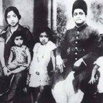 @sardesairajdeep #BirthdaySpecial- A collection of rare photos of #LataMangeshkar Ji. https://t.co/KsQ3Q0XY40 ode