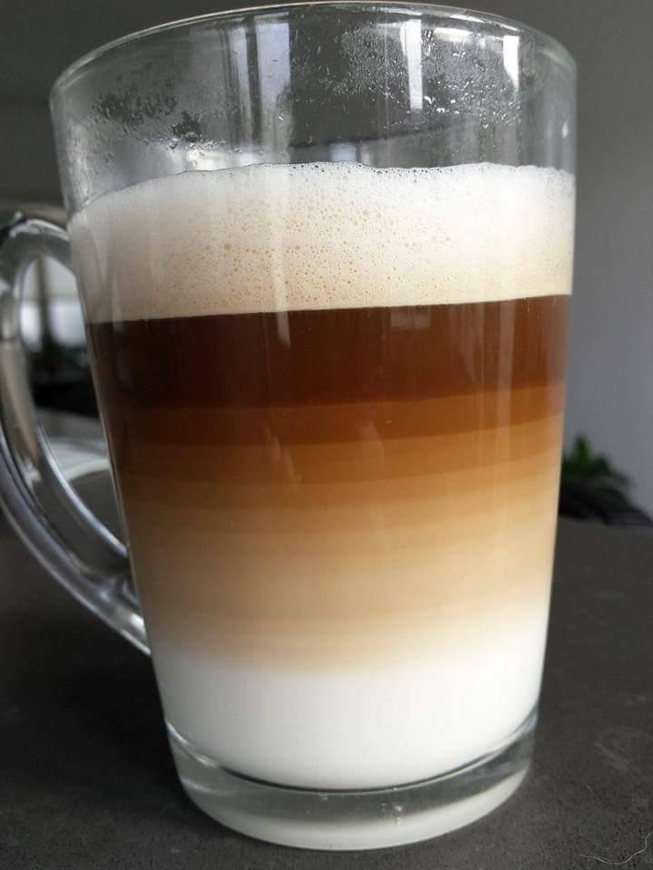 Cuando te ponen un café en JPG en lugar de RAW https://t.co/mUILWkFJQq