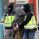 Detienen en Barcelona y Melilla a tres presuntos miembros de una Estado Islámico. https://t.co/cRDFOjLRXL https://t.co/2zNhz2iYxO