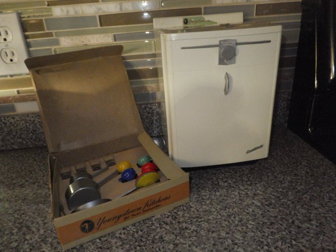 Youngstown Kitchens Jet Tower Junior Dishwasher, Salesmans.. https://t.co/GiS4AYXYq3 #vintagetoy #vintage https://t.co/HDP6gn6e4T
