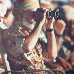من الصور النادره لجلالة السلطان هو يرعى التمرين العسكري فجر ٢٣  . الوسطى ، نوفمبر ١٩٩٣م https://t.co/HwbYVRp5kH