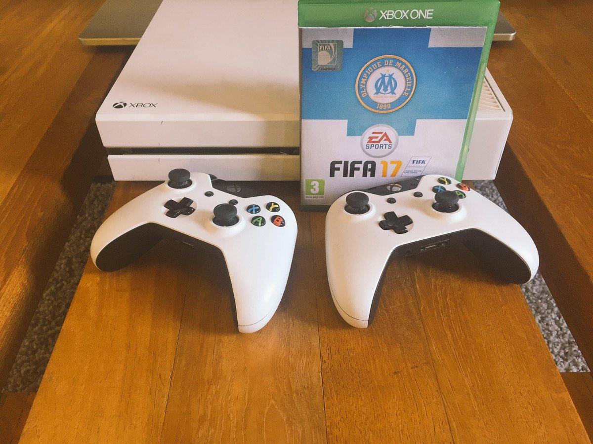 [CONCOURS] @EA_FIFA_France vous offre 1 jeu #FIFA17 édition OM !   RT pour tenter de gagner votre jeu ✌