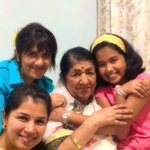 Namaskar. Meena ki bahu Mekhala ,Meena ki beti Rachana,aur Meena ki grand daughter Saanjali mere saath. https://t.co/ip9NbsN0Rj