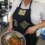 Kerri Niemi from Sapphire whipped up a colourful slaw for the @PtboWedMarket  #IronChefChallenge. https://t.co/rvyRk02GoG