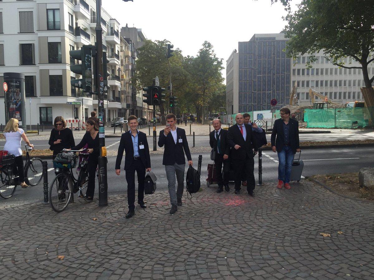 Harald Schirmer (@haraldschirmer): wir kommen zu Euch #ioms16 ...