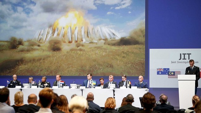 El misil que derribó el vuelo MH17 'llegó desde Rusia'