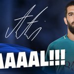 GOAAAALLLLLL! Arda Turan equalises!!!!!!!! 1-1 in Borussia Park! #FCBLive #BorussiaFCB #UCL https://t.co/tGu3UmM2SS