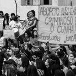 """Foto de 8 de março deste ano. """"Aborto não é crime! Criminoso é o Cunha!"""" #PrecisamosFalarSobreAborto https://t.co/Tpfbxjj6No"""