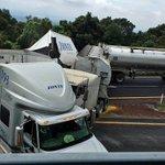 #Cuernavaca Accidente km1 en el entronque a la pista La Pera #Cuautla no hay paso en ambas direcciones! https://t.co/JlFdovrMD5