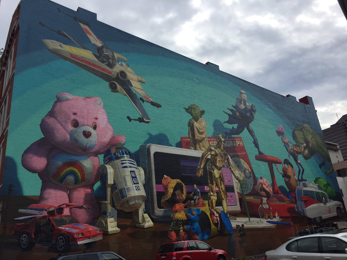 The scaffolding is finally off of the @ArtWorksCincy #kenner mural on Court Street! Love it! https://t.co/cxhHws8XzV