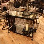 Glamorous Bar Carts Evoke The Past While Staying Modern https://t.co/StXK9jAbOp @miqadessh https://t.co/x2ZPqP4GLj