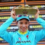 Miguel Ángel López, campeón de la Milano Torino. 🚴🇨🇴https://t.co/dYPzcIbQ3V https://t.co/D9Zz8clbDP