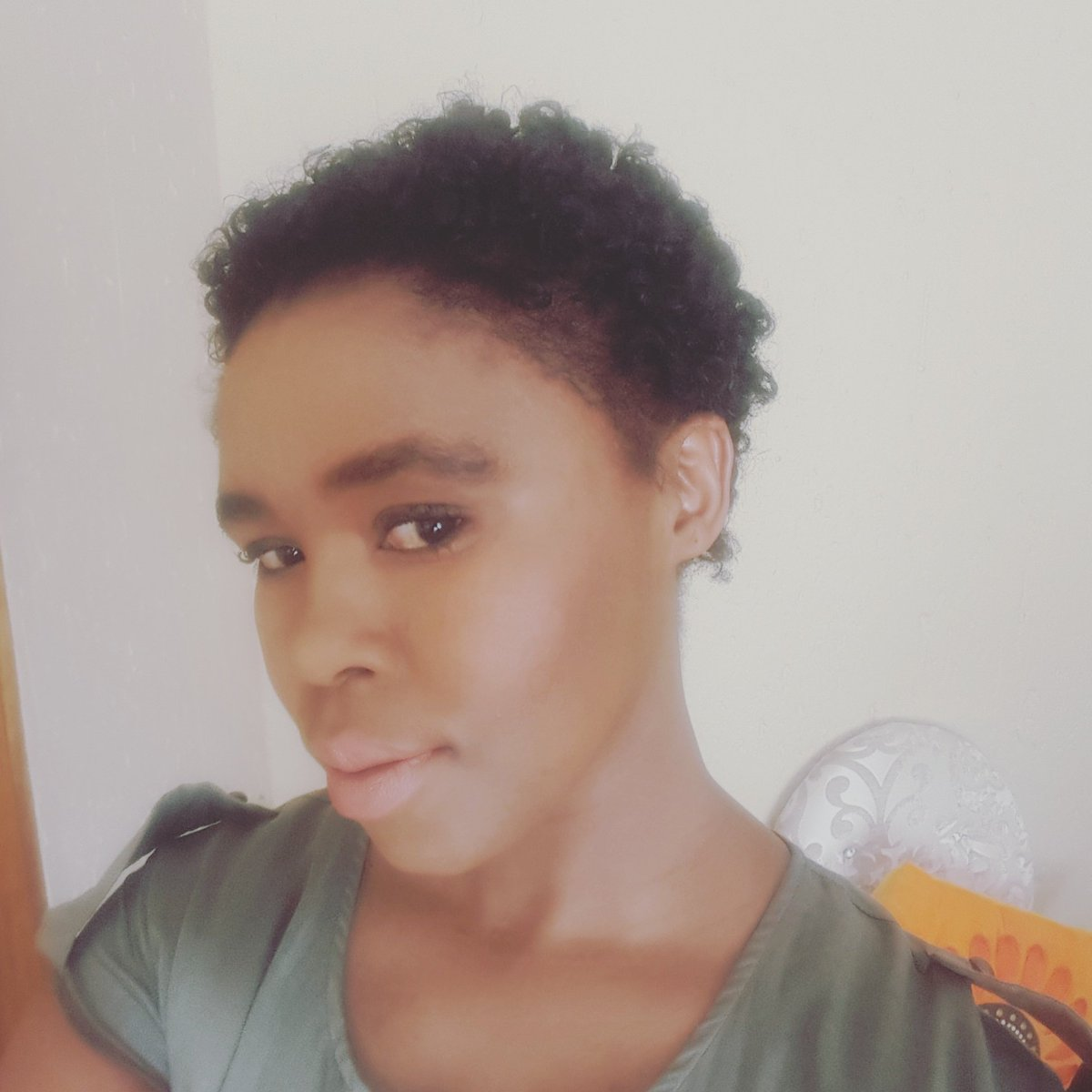 Molweni bethunana, #CountryGirlInternational just cut her hair, new season new me...#stayfresh https://t.co/BYK11ZRd7Z