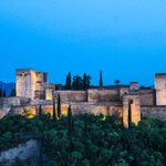 Atardece en la #Alhambra #Granada #ComparteTuAtardecer @masquegrana @alhambracultura @MuseoAlhambra @AidaBSanchez https://t.co/8NV68aIbBP