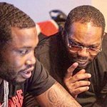 RT @ComplexMag: WHOA. Beanie Sigel destroys Meek Mill during 30-minute rant 😳 https://t.co/d31FVSKB5w https://t.co/fE6pwmkyTz