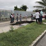 Esto acaba de pasar en la calle jalisco 😱!! #Tampico #Madero @notitam @tampico https://t.co/79jJTQGKpX