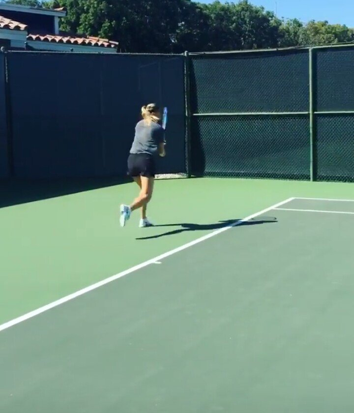 RT @dorota_biskup: Wednesday @MariaSharapova on the court ???????? #InstagramStories https://t.co/ctnI55rwsE