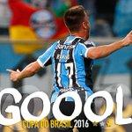 Ramiro marcou um GOLAÇO após passe de maestro de Douglas! #GRExPAL #CopaDoBrasil2016 https://t.co/LMczrZ8oK0