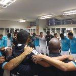 """""""Vamos fazer um grande jogo para sair daqui com um bom resultado!"""" - @Renato_11 reúne a equipe antes do #SANxINT https://t.co/9zzcx0QxKu"""