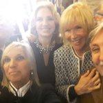 Con amigos en la gran apertura de la Bienal de Arte de Montevideo.Felucitaciones @letitiaDaremberg y @GRompani https://t.co/GmGjdhjAPl