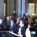 Inauguración de la III Bienal de Arte de Montevideo, instalada en el Palacio Legislativo. Interesantes propuestas. https://t.co/TiJUevecMm