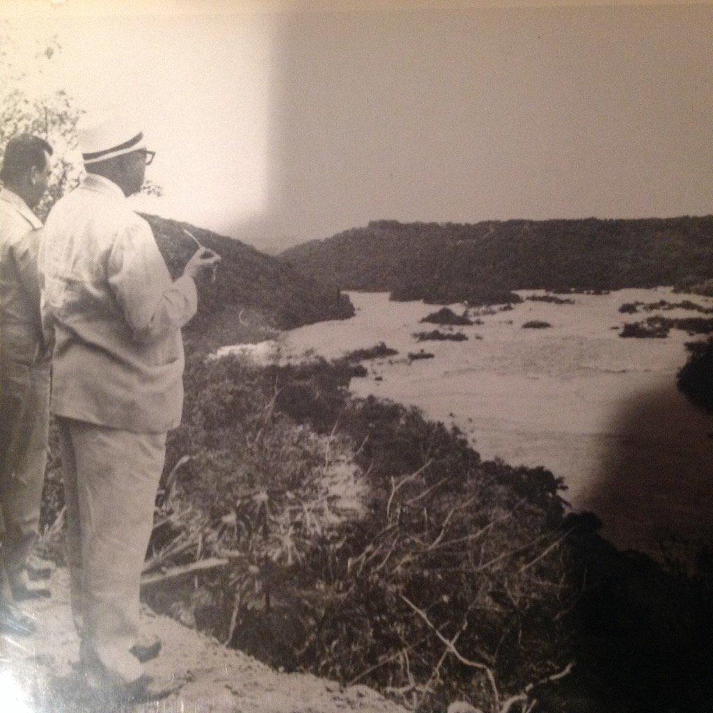 Rómulo y Leopoldo (Sucre) visionando, pensando, planificando, admirando el potencial de nuestra Guayana https://t.co/mtuaZ7KmKQ