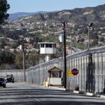 Felons in county jails to be allowed to vote in California elections https://t.co/xfyX53SeOx https://t.co/sDJbe3JmeT