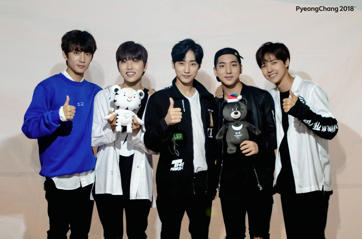 A famous Korean boy group #B1A4 has celebrated the #PyeongChang2018's #500DaystoGo. #2018평창 https://t.co/yNLocQSvog