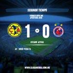 Inicia el segundo tiempo en la cancha del @EstadioAzteca @ClubAmerica 1-0 @ClubTiburones #VamosAmérica https://t.co/4LIcKlmlD6