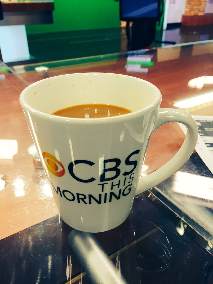 Celebrating #NationalCoffeeDay on the am set of @WNCN Thanks for the mug @courtpassant ! https://t.co/Iw20jHNf32