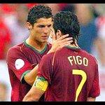 HAY TIRO! 👊🇵🇹 Quien es mejor jugador... Ronaldo o Figo? https://t.co/YJakce5K8C