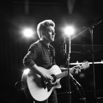 nialls first solo song: This Town  https://t.co/OKQms1vopM