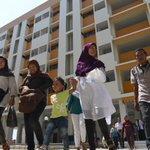 Warga Bukit Duri Bersyukur Direlokasi ke Rusun https://t.co/JpuqZgwI9w https://t.co/q0bzNBXd5A